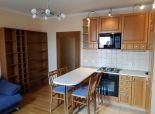 SENEC – NA PREDAJ príjemný, zariadený 2 izb. tehlový byt s dvomi klimatizačnými jednotkami v absolútnom centre Senca.