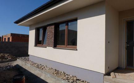Krásny 4izb. bungalov s praktickou dispozíciou v Rovinke