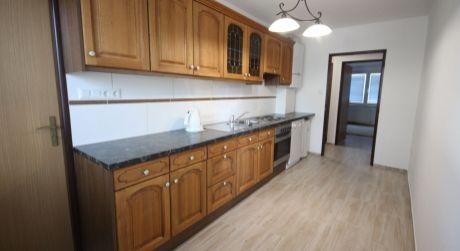 PRENÁJOM krásny 3 izbový byt v tichej časti Topoľčian