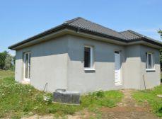 Predaj 3i prízemný tehlový RD s 343 m2 pozemkom