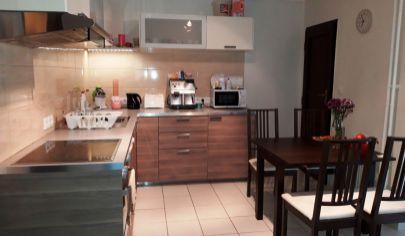 Predaj - 3 izbový byt s balkónom  v tehlovom bytovom dome s garážou - Turčianska ul.TOP PONUKA !