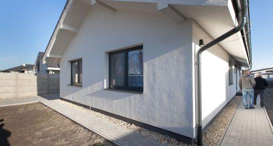 Predaj modernej novostaby 4-izb RD-bungalow úžt.126m2, zast.160m2 pozemok 595m2