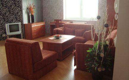 PRENÁJOM: 2 - izb. byt s balkónom, POPRAD, CENTRUM, zariadený, novostavba, bytový dom VIKTÓRIA, + garáž