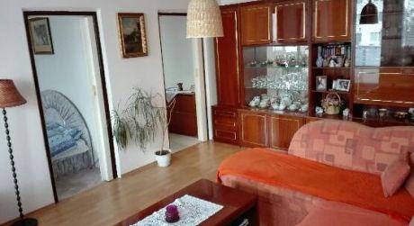 Kuchárek-real:  Ponuka 2,5 izbového bytu v Bratislave- Rača s veľkou loggiou 9 m2.