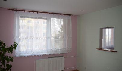 Trojizbový byt Senica, Hviezdoslavova ulica
