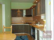 2 izb. byt na Hlaváčikovej ul. Karlova Ves - Dlhé Diely, 2/8 posch. balkón, lodžia