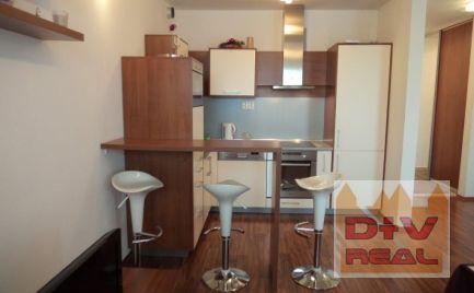 Prenájom: 3 izbový byt, Prešovská ulica, Eden park, zariadený, balkón, šatník, parkovanie