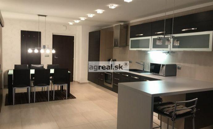 Prenájom 3-izb. (75 m2) luxusne zariadeného bytu v novostavbe s krytou garážou a krásnym výhľadom na Bratislavu, ul. Na Revíne, Bratislava III - Kramáre