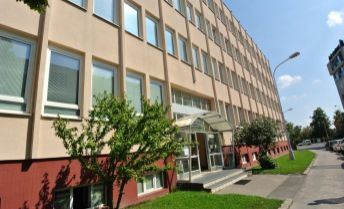 Prenájom,  kancelárie v administratívnej budove na ulici Pluhová, Bratislava – Nové Mesto, Províziu neplatíte!