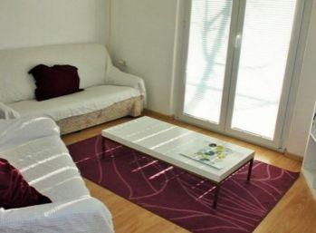Priestranný 2 izbový byt v rodinnom dome