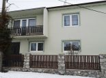 Veľký RD vhodný na dvojgeneračné bývanie v malebnej podkarpatskej obci Častá