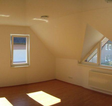 StarBrokers – Prenájom 5-izbového 2-podlažného RD v Záhorskej Bystrici – Strmý vŕšok