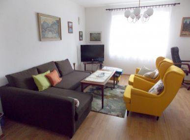 MAXFIN REAL - Dom v tichej uličke v Lužiankach