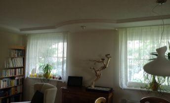 TOP PONUKA! Nadštandardná rekonštrukcia 3 izbového bytu na Južnej s presklenou  terasou a garážovým státim!
