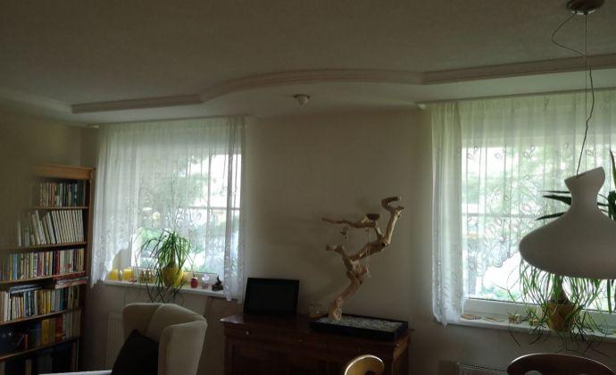 Nadštandardná rekonštrukcia 3 izbového bytu na Južnej s presklenou  terasou a garážovým státim!
