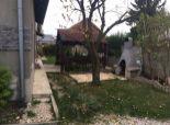 Rodinný dom  ( záhradný ) , dvojgeneračný BRATISLAVA
