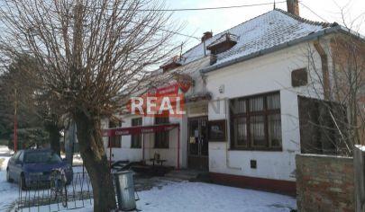 REALFINN  ŠURANY/ 8 km / -  Objekt na podnikanie s pozemkom 1850 m2 - vhodný na sídlo firmy -  ZNÍŽENÁ  CENA.