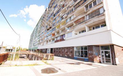 NA PREDAJ VEĽKÝ 2 IZBOVÝ BYT 100 m²  BRATISLAVA PETRŽALKA Jasovská ulica
