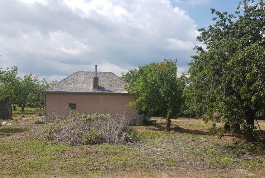 Predaj pre rodinné domy Štúrovo-1