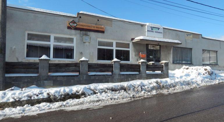 Na predaj komerčný objekt 1080 m2, Nevidzany, okres Prievidza