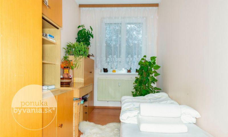 ponukabyvania.sk_Kríková_4-izbový-byt_archív