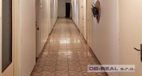 Sládkovičovo: Prenajmeme kancelárske priestory od 15m do 300m2 v stráženom objekte