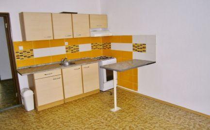 Prenájom - Veľký byt 1+1 Martin- Záturčie, 48 m2