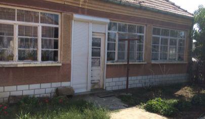 REALFINN  - Dvory nad Žitavou - Rodinný dom na predaj s pozemkom 917 m2
