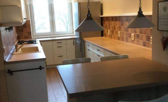 REZERVOVANÝ !!!Na predaj zrekonštruovaný 2 izb byt na ulici M. Rázusa Sihoť 2 - TN.