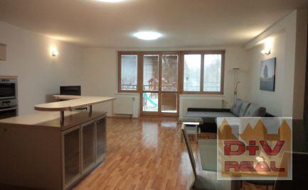 Prenájom: 3 izbový byt, Kysucká ulica, zariadený, loggia, garáž pre dve autá, výťah, pri Westend Tower