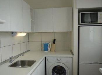Kompletne zrekonštruovaný slnečný 2 izbový byt