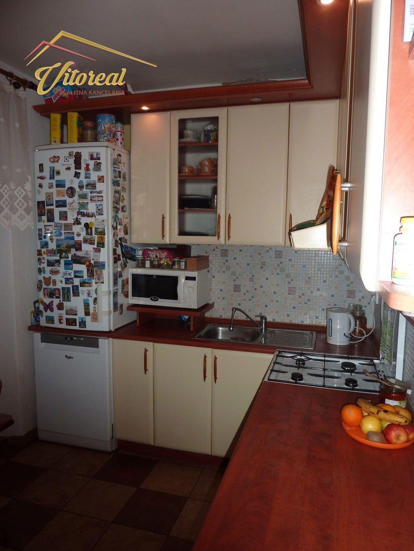 ec1bd602f4 PREDANÁ-VÝRAZNÁ ZĽAVA 3 izbový prerobený byt Trebišov - ulica Kutnohorská