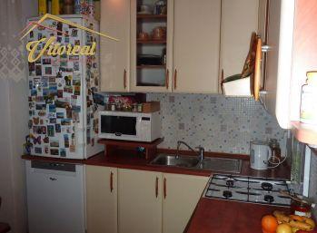 PREDANÁ-VÝRAZNÁ ZĽAVA 3 izbový prerobený byt Trebišov - ulica Kutnohorská