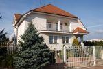 Prenájom 6 izb. RD s dvojgarážou, Nitra-Čermáň