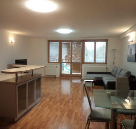 StarBrokers – Prenájom 3-izbového moderného bytu pri Železnej studničke s dvojgarážou