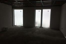 Predaj 4 izbový byt