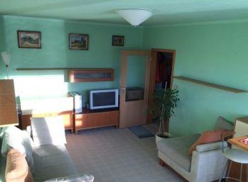 2 izbový byt s bazénom k dispozícii