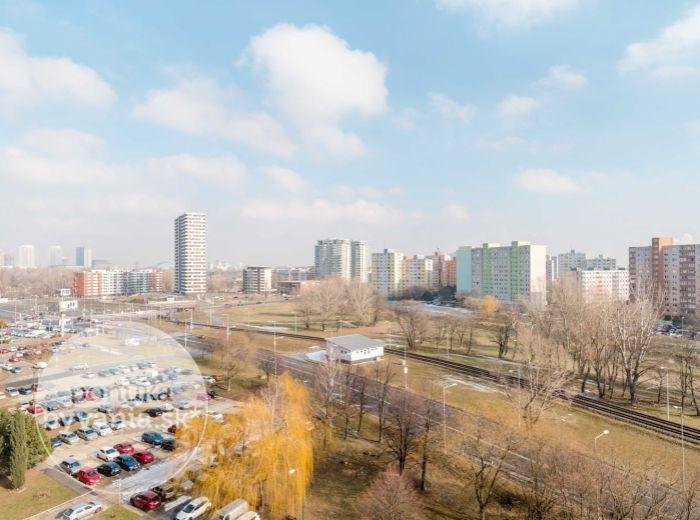 PREDANÉ - JUNGMANNOVA, 2-i byt, 53 m2 - výborná dostupnosť do CENTRA, Sad Janka Kráľa, ELEKTRIČKA