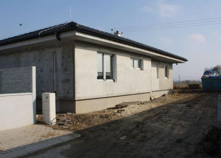 DELTA - 4 izbový rodinný dom v tichej lokalite, Bernolákovo