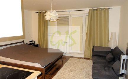 TOP cena krásneho bytu s priestranným balkónom.