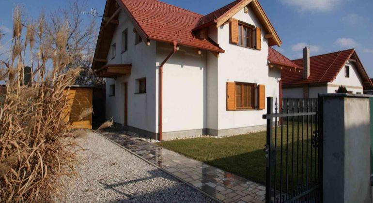 Luxusná 3i rekreačná chata - dom, s možnosťou celoročného obývania
