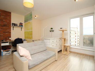 REZERVOVANÉ - ANTOLSKÁ kompletne zariadený 1 izbový byt v novostavbe