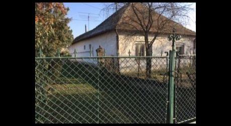 Predaj - 3 izbový rodinný dom v centre Hurbanovo - aj na podnikateľské účely