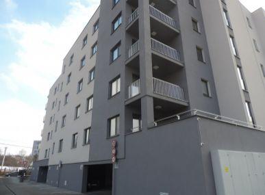 MAXFINREAL - Predaj, nadštandardný 2-izbový byt s terasou a garážovým státím vhodný pre náročného klienta, Nitra