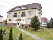 REALITY COMFORT- Na predaj veľkometrážny 2 izbový byt v Novákoch + služby architekta GRÁTIS