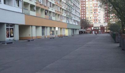 kúpa 2 izbový byt v Petržalke