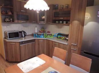REZERVOVANÉ !!! Slnečný 3-izbový byt s balkónom v Poprade, ul. Šrobárova