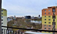 PRENÁJOM: 3,5 izbový byt s výhľadom na Štrkovec a Karpaty, 2 x loggia - Sabinovská ulica