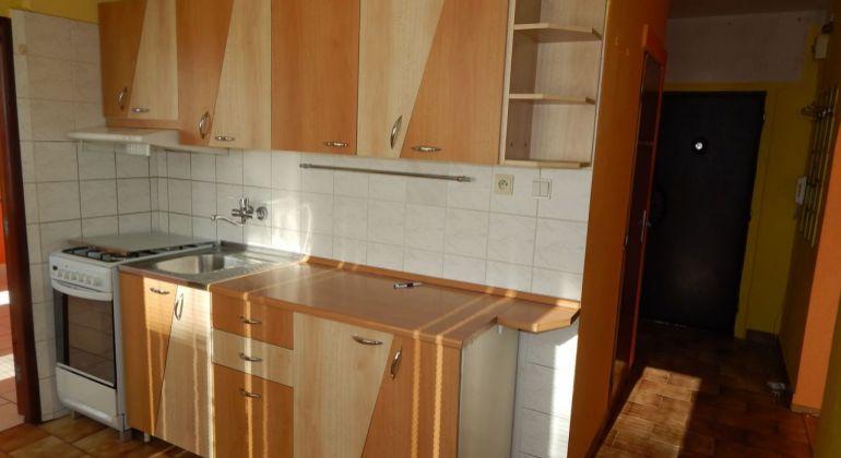 Na Prenájom 2 izbový byt, 55 m2, Prievidza, Centrum-Čierné Mesto
