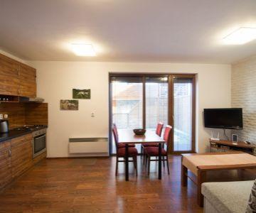 Jednospálňový apartmán s veľkou záhradkou na predaj v Demänovej - Liptovský Mikuláš